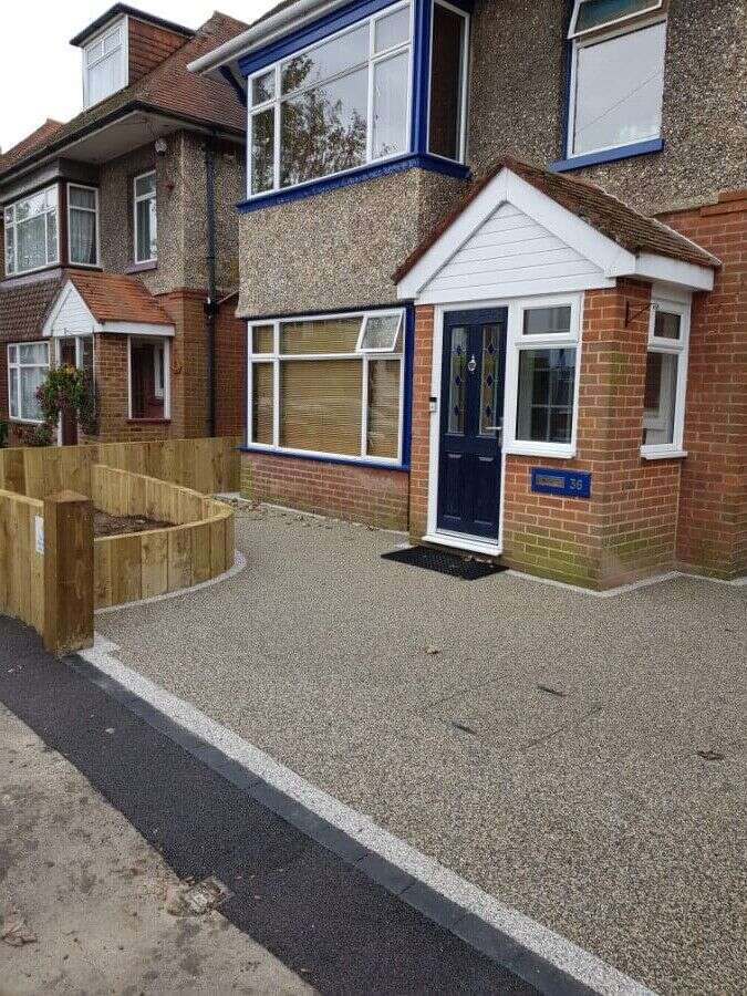 Resin Wize resin driveways in Colchester