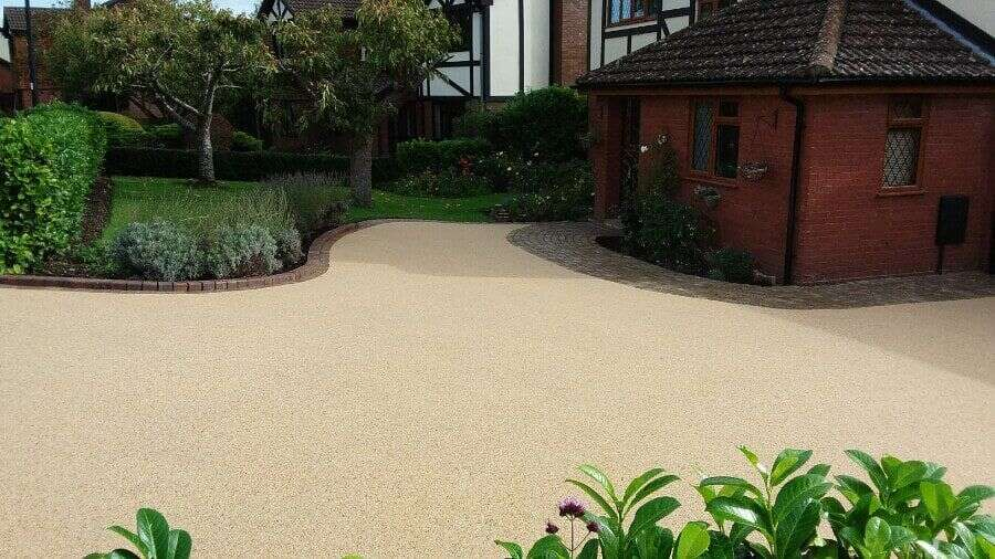 Resin bound driveways Resin Wize southampton