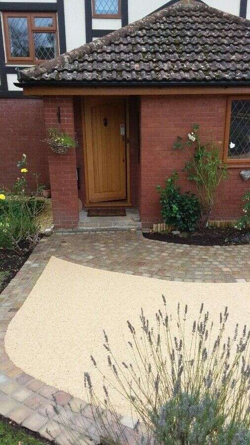 Resin bound driveways Resin Wize hampshire